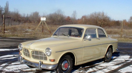 Volvo-Amazon-goldgelb