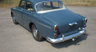 Volvo-Amazon-4t-dlblau-04